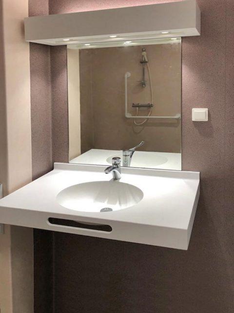 lavabo sur mesure pierre acrylique Villepinte